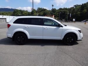 Dodge Journey AWD Blacktop Edition
