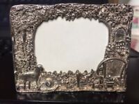 Miniature picture frame