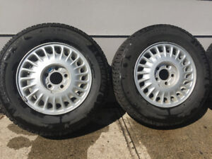 4 Michelin x ice 205/70r15 winter tires on Buick rims!