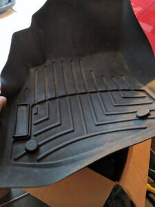 Weather tech front floor mats for Chev Cruze