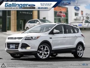 2015 Ford Escape TITANIUM w/PANORAMIC ROOF AND NAVIGATION