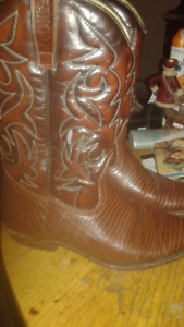 SANCHO BROWN COWBOY BOOTS  NEW CONDITION