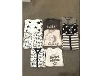 Baby clothes up to 1 month