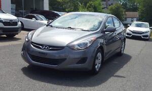 2013 Hyundai Elantra L Low KM
