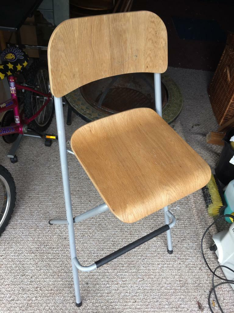 Chair foldingin Brighouse, West YorkshireGumtree - Chair folding Chair all ok Not needed now £5 takes it ideal to foldAway