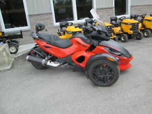 2012 Can-Am RS S  standard
