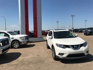 2014 Nissan Rogue SL AWD Power liftgate Heated Seats