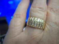 STUNNING DIAMOND CHANNELED 9CT GOLD RING SIZE P