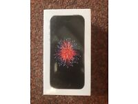 *BRAND NEW IPHONE SE (32GB) SEALED IN BOX WITH 1 YEAR APPLE WARRANTY
