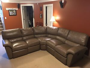 Beautiful Lazy Boy tan colored genuine leather sofa sectional