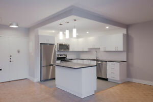 Pool/Gym- Full Reno  1 Bed -washer/dryer- NDG / CDN / Westmount