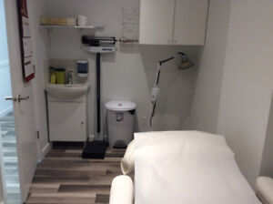 Room for rent in a Skin Care Clinic