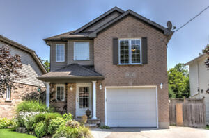 SPACIOUS DETACHED HOME IN ELMIRA!!!