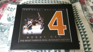 BOBBY ORR 11X14 PHOTO AND OTHERS PLAYERS