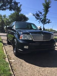 Lincoln Navigator 2006 fully loaded need nothing to fix