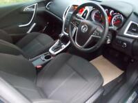 VAUXHALL ASTRA 2.0 SRI CDTI 5d AUTO 157 BHP (green) 2010