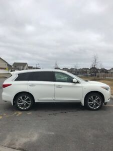2014 Infiniti QX60 AWD Deluxe package fully loaded! only 29000km