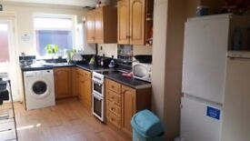 DEANE ROAD BOLTON - FURNISHED ROOM IN NICE CLEAN MODERNISED HOUSE WITH NO BILLS TO PAY & WIFI
