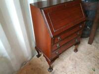 Great condition Mahogany burial