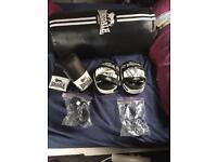 Lonsdale boxing kit