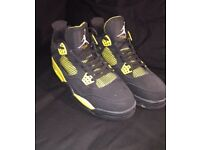 Black trainers size 10 retro thunder black and yellow