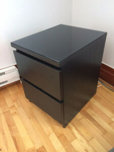 MALM 2-drawer Chest + Glass Top