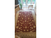 Beautiful Large Traditional Rug
