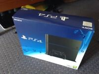 Ps4 500gb boxed up comes with 2 games and controller