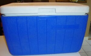 Coleman Cooler And Granite Ware Set Package Deal