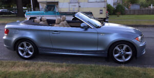 BMW 128i Convertible 2011 LOW kilometers for sale