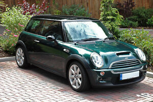 LOOKING FOR MINI COOPER S OR NOT IN GREEN