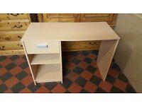 Desk, Small / Student / Bedroom