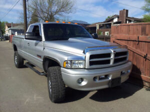 2001 Dodge Power Ram 2500 Sport Pickup Truck