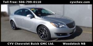 2017 Buick Regal Sport Touring 2.0L Turbo - Heated Leather & Rea