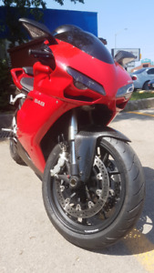 Red Ducati 848 - Like new condition