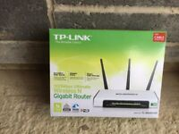 TP Link - TL WR1043ND 300Mbps Wireless N Gigabit Router