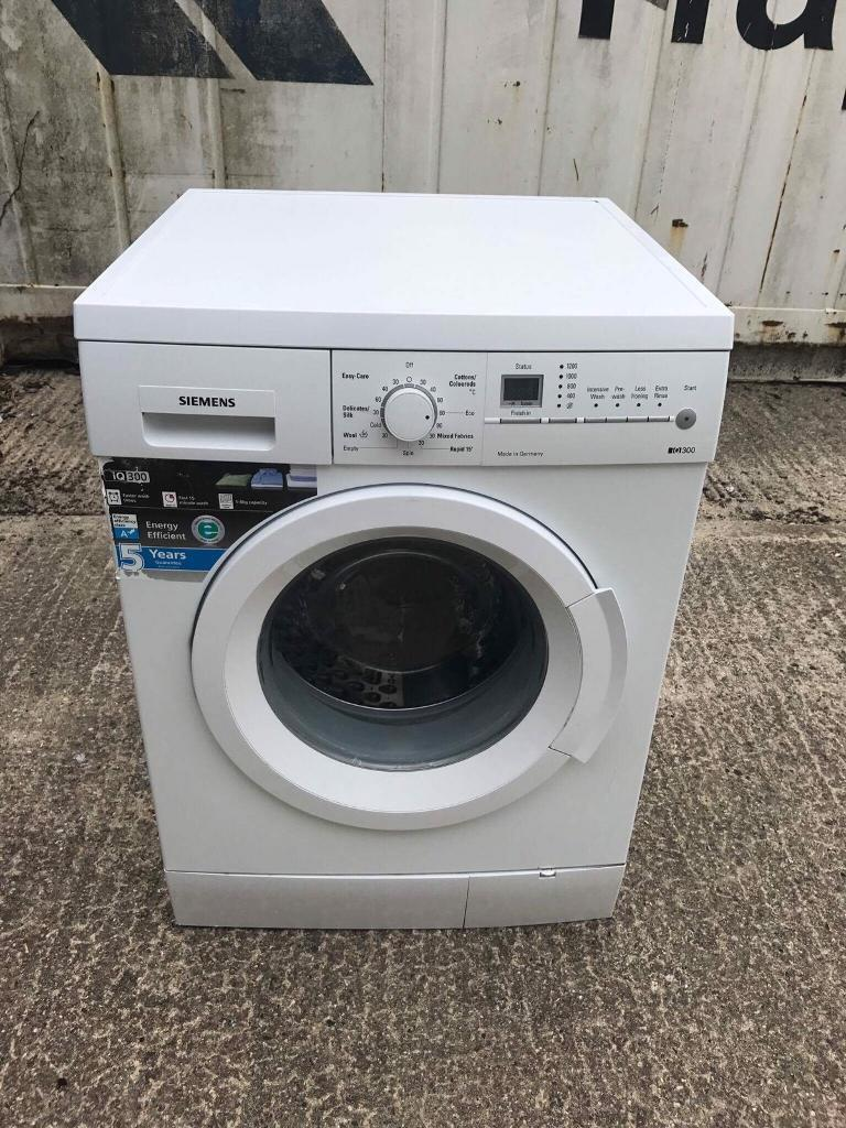 Siemens washing machine 8kgin Colchester, EssexGumtree - Great washing machine Fully working orderFully cleaned Can deliver install and remove the old appliance Prices on request