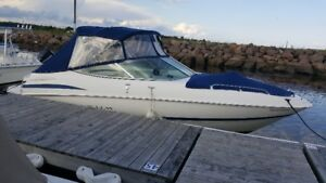 GREAT CONDITION 2004 MAXUM BOW RIDER, 24 FEET