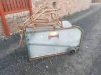 Commodore sheep turnover crate in great condition livestock farm tractor