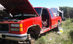 Parting out 1996 6.5 Diesel 4x4