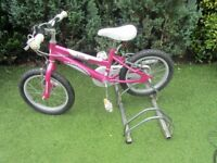 girls 16 inch wheeled bike suit age group around 5yrs old £20.00