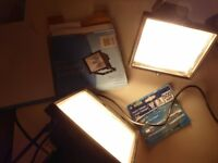 2 CABLED HALOGEN 500W FLOODLIGHTS + EXTRA BULB