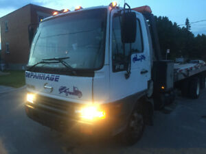2004 HINO FB 5.3l Automatic Transmission Allison Towing Remorque