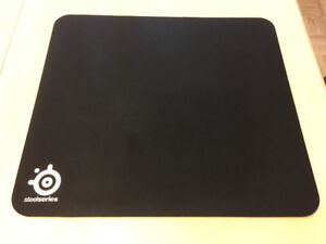 SteelSeries QcK Heavy Gaming Mouse Pad (noir)