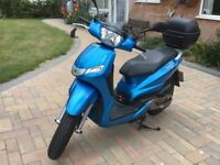 Peugeot Tweet 125cc Scooter 2015, blue, good condition