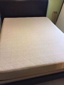 natural rubber queen size mattress and foundation