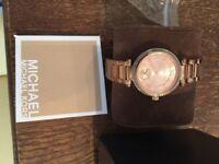 Michael Kors Rose Gold M5719 Watch
