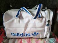 Adidas bag medium
