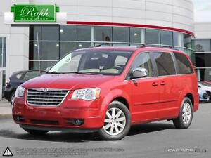 2008 Chrysler Town & Country -
