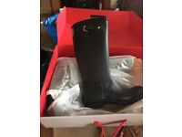 Brand new hunter wellingtons size 4